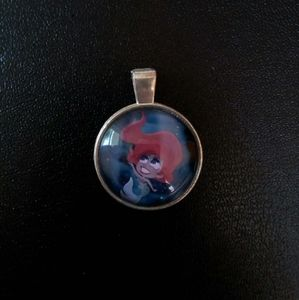 Glass Ariel pendant